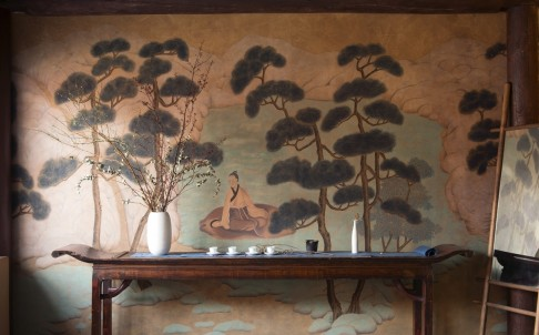 One of De Gournay's new wallpaper designs draws heavily from Zhao Mengfu's Mind Landscape of Xie Youyu.